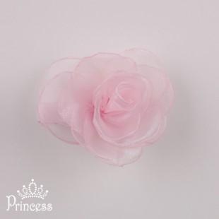 . Заколка с цветком нежно-розового цвета