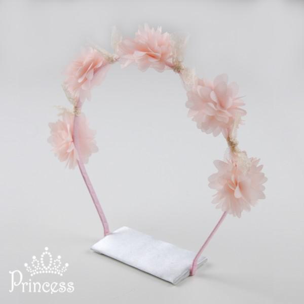 Фото: Ободок с цветами (артикул 1027-peach)