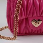 Фото: Сумочка малинового цвета (артикул A 30066-pink) - изображение