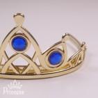 Фото: Золотистая диадема Эльзы с синими стразами (артикул 1092-dark blue) - изображение