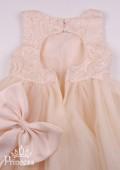 Фото: Детское платье с вырезом на спинке цвета шампань (артикул 3128-beige) - изображение