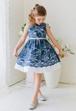 Покупка детского платья в интернет-магазине: нюансы