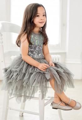 Основа основ: серый в нарядной детской моде