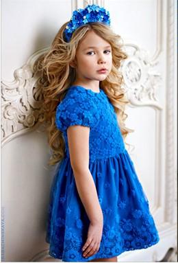 Как правильно ухаживать за нарядным детским платьем