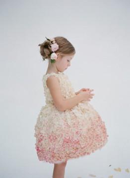 Вечернее платье – высокая мода для маленькой леди